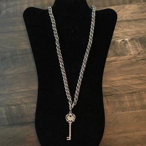 Jewelry - Long Chain in Chain Key Pendant Necklace